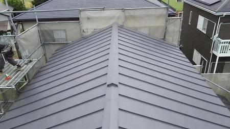 屋根完成ガルバ